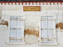 ker oranais (valeriadalua) Tags: france loireatlantique boulangerie pâtisserie bakery french breton ker oranais apricot pastry façade shutters wall
