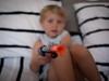 Haut les mains ! (Dahrth) Tags: panasoniclumixgf1 gf120 lumix20mm micro43 microquatretiers microfourthirds rifle toy gun jouet fusil kid boy garçon