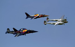 Lightning, two Alphajets and a Corsair in close formation @ LOXZ