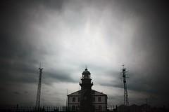 Faro Cabo Peñas (alanchanflor) Tags: misterio faro cabo de peñas oscuridad asturias españa canon mistery sky