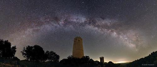 Panorama torre Vallferosa i Via Làctia