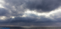 CLOUDS - NUBES (TONY-BUENO - Barcelona) Tags: canon 5d 5dmkii 5dmk2 eos playa nubes cloud morning sky sunrise sea amanecer mar 35350 35350ef3556