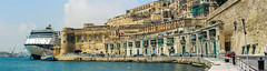 Valletta harbour entrance. (wilstony1) Tags: harbour harbourentrance ship cruiseliner sunny malta valletta dock architecture buildings daytime canoneos650d