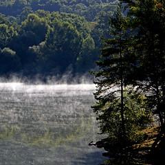 Lac de Saint-Pardoux, Haute-Vienne (pom.angers) Tags: canoneos400ddigital stage 5000 400