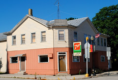 Former Ninmers Lanes - Kiel, Wisconsin (Cragin Spring) Tags: wisconsin wi midwest unitedstates usa unitedstatesofamerica building sign 7up ninmerslanes bowling bowlingalley kiel kielwi kielwisconsin