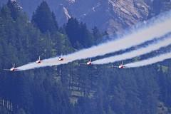 LSTS: Patrouille Suisse Northrop  F-5E Tiger (Roland C.) Tags: lsts patrouillesuisse tigerf5e berneseoverland switzerland airport aircraft airplane