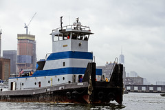 r_170903105_beat0053_a (Mitch Waxman) Tags: 2017greatnorthrivertugboatrace 42ndstreet donjon fireboatjohnjharvey hudsonriver midtown millerslaunch mistert newyorkcity newyorkharbor tugboat workingharborcommittee newyork