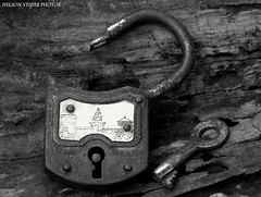 Antique padlock (Nelson-V.) Tags: