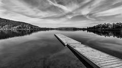 The Lake (Der Zeit die Augenblicke stehlen) Tags: bw bäume deutschland eos700d eschwege hth56 hessen landscape landschaft steg thomashesse wasser clouds lake line monochrom sw water