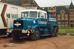 HULL 000000 DBF134Y (SIMON A W BEESTON) Tags: hull econofreight revenge scammell contractor dby134y
