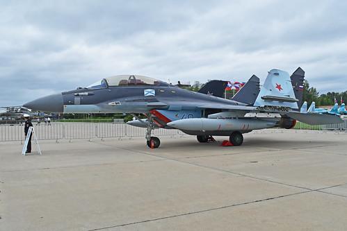 Mikoyan-Gurevich MiG-29K 'RF-92324 / 48 blue'