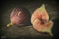 Fico natalino o catalano (A.Baldi) Tags: fico frutta macro stilllifeconlightpainting nikon