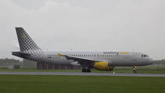 Airbus A320-214 c/n 4849 Vueling Airlines registration EC-LOB (sirgunho) Tags: airbus a320 a320214 cn 4849 vueling airlines registration eclob amsterdam airport schiphol aircraft holland the netherlands polderbaan