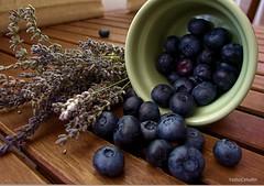 IMG_4983 (Rabadán Fotho) Tags: bodegón arándanos stile fruits blueberry frutas composiciónes del bosque