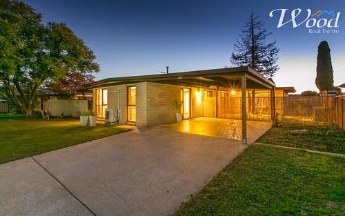 389 Dale Crescent, Lavington NSW