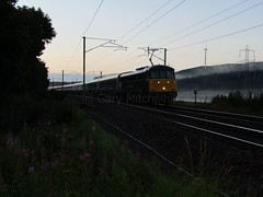 UK Rail - 86101 - UK-Rail20171110 (Rapidsnap (Gary Mitchelhill)) Tags: class86 scotchmist 86101 caledoniansleeper sleeper scotland elvanfoot atmospheric dawn