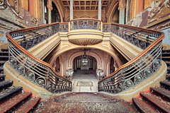 cinderella staircase (ThomasMueller.Photography) Tags: abandoned casino chandelier kronenleuchter lostplace magnificently marode pigeondroppings prunkvoll staircase stucco stuck taubenkot treppe ue urbanexploration urbex verfall verlassen