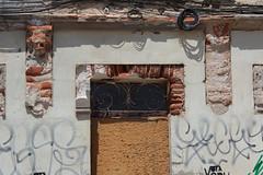 Abandonné (hans pohl) Tags: portugal alentejo sines architecture abandonné abandoned portes doors façades