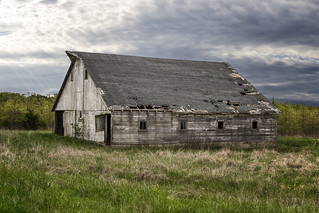 The Old Country Barn