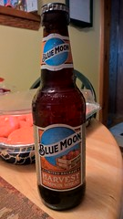 WP_20170827_16_24_04_Rich (PureView Life) Tags: nokia lumia 1520 nokialumia nokialumia1520 lumia1520 pureview carlzeiss wp wp81 windowsphone windowsphone81 bottle beer bluemoon bluemoonharvestpumpkinwheat harvestpumpkinwheat pumpkin