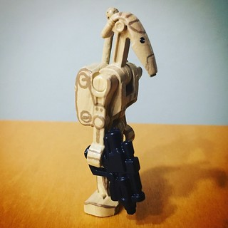 Minifig-a-Day #366: B1 Battle Droid