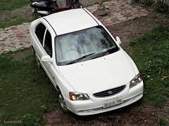 Old Hyundai Accent - Top View (sairamreddy3) Tags: hyundai accent parked noparkingzone white old canon canondigital digicam ixus ulkanagari garkheda aurangabad maharashtra india world