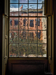Inside Looking Out (myoldpostcards) Tags: stilllife architecture design natural light antique vintage old texture glass windows interior plantation windowshutters oldstatecapitol statehistoricsite springfield sangamoncounty illinois il nationalregisterofhistoricplaces nrhp reference 66000331 myoldpostcards randall randy vonliski canon eos 5dmarkiv onthe insidelookingout