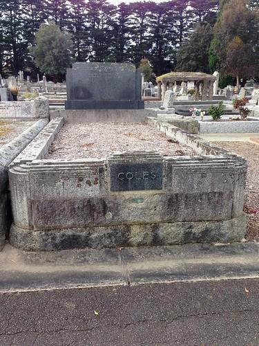 Art deco tombstone, Box Hill Cemetery