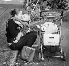 Curbside Kisses, P9230340.jpg (Marc Weinberg) Tags: streetshooter streetscenes curbside kisses mom child love mommy loveit smile sweatheart onthestreet streetphotography sidewalk