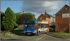 34626, Barby Road (Jason 87030) Tags: thewheatsheaf barbyroad stagecoach 34626 dennis dart slf pointer 12 rugby daventry northants northamptonshire local pub vehicle kx54opa sky cloud lighting weather 2017 september
