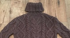Casual aranstyle turtleneck wool sweater (Mytwist) Tags: patekath superdry wool style design aranstyle irish tn turtleneck tneck charcoal chunky chunkysweater