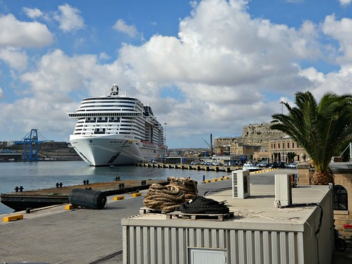 Valletta cruise port terminal
