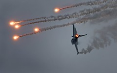 Flares. F16 (malcolmmartin1211) Tags:
