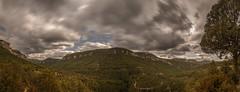 Negros nubarrones... (Amparo Hervella) Tags: parquenaturaldelaltotajo guadalajara españa spain panorámica nube naturaleza color largaexposición d7000 nikon nikond7000