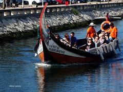 Aveiro. Barco moliceiro (verridário) Tags: aveiro sony boat barco ria water agua people gente tradição turismo moliceiro river canal tourism vouga