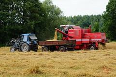 Harvest (Jurek.P) Tags: żniwa harvest mazury masuria poland polska combineharvester kombajn jurekp sonya77