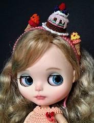 Sweets headband (Blythe's Tiny Worlds) Tags: amigurumi headband crochet sweets ice cream cake blythe doll
