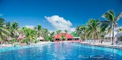 Balneario Cancun (Luis FrancoR) Tags: agua azul cancún hotel balneario blue water