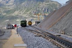 MGB - Station Nätschen Oberalp (Kecko) Tags: 2017 kecko switzerland swiss schweiz suisse svizzera innerschweiz zentralschweiz uri nätschen oberalp pass oberalppass matterhorngotthardbahn railway railroad mgb eisenbahn bahn bahnhof station gleis track baustelle constructionsite schmalspur zahnstange abt mountain swissphoto geotagged geo:lat=46642110 geo:lon=8613120