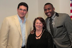 "thomas-davis-defending-dreams-foundation-key-to-city-0010 • <a style=""font-size:0.8em;"" href=""http://www.flickr.com/photos/158886553@N02/36348511794/"" target=""_blank"">View on Flickr</a>"