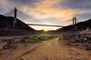 Lo viejo y lo nuevo bajo el mismo sol (pgonmay) Tags: embalse luna atardecer sunset ocaso nubes clouds ngc puente landscape paisaje nikon d7000