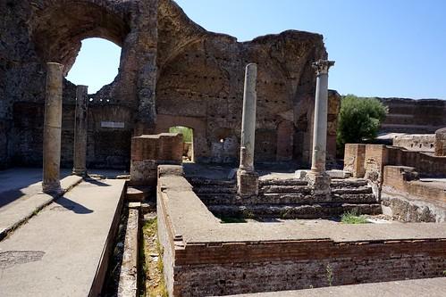 Villa Hadriana: termes / Heliocaminus baths