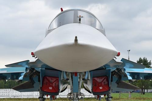 "Sukhoi Su-34 'RF-95841 / 10 red' ""Олег Пешков"""