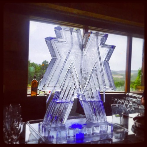 Triple #luge for a super couple getting married tonight @canyonwoodridge in #drippingsprings during #hurricaneharvey with @muchadoaustin #fullspectrumice #wedding #thinkoutsidetheblocks #brrriliant - Full Spectrum Ice Sculpture