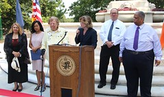 "20170822.Women's Plaza Unveiling and Dedication • <a style=""font-size:0.8em;"" href=""http://www.flickr.com/photos/129440993@N08/36698230342/"" target=""_blank"">View on Flickr</a>"
