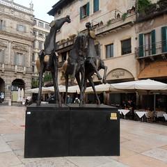 Cavalli (Navi-Gator) Tags: cavalli verona sculpture italy architecture