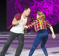 DUQ_4395r (crobart) Tags: figure skating pairs aerial acrobatics ice cne canadian national exhibition toronto