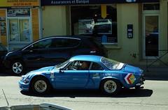Alpine A110 Pézenas (34) 01-09-17a (mugicalin) Tags: fujifilm fujifilmfinepix fujifilmfinepixs1 s1 finepixs1 renault renaultcar frenchcar classiccar alpine alpinerenault renaultalpine alpinea110 a110 2017 bluecar bleu blue