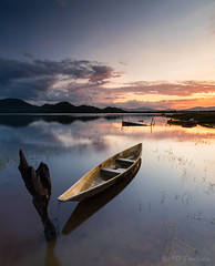 Twilight of Kwong (Md Farhan's Gallery) Tags: bukitkwong tasikkwong dam landscape lake nationalgeographic nature sunset panorama malaysia lensamalaya kelantan boat fisherman reflection asia fujifilm fujinon xt1 xf1024mm ray raymaster travel rantaupanjang