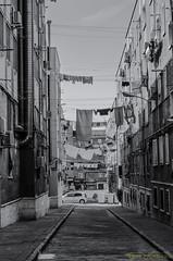 Vallecas 2017 (profesorxproyect) Tags: nikon d5100 spain streetphotography bw byn blackandwhite blancoynegro bn vallecas madrid españa europe europa callejera ciudad fotografiacallejera